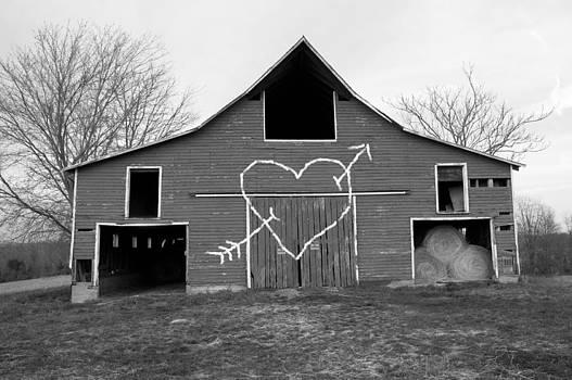 Barn 3 by Beth Achenbach