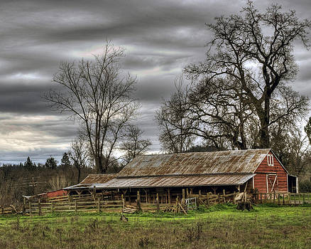 William Havle - Barn in Penn Valley