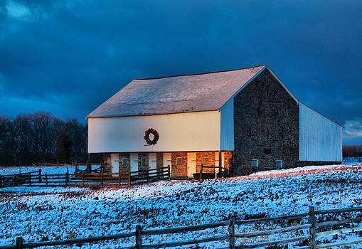 Battlefield Barn by L Granville Laird