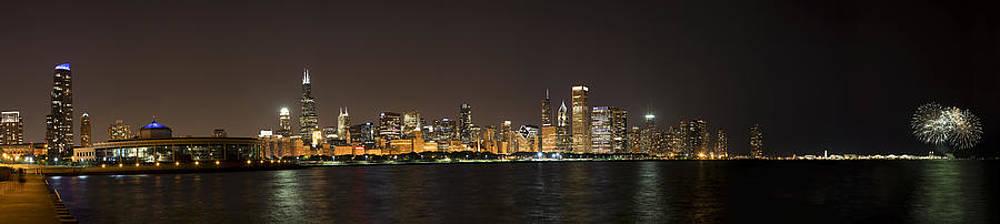 Adam Romanowicz - Beautiful Chicago Skyline with Fireworks