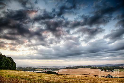 Simon Bratt Photography LRPS - Beautiful skies over farmland