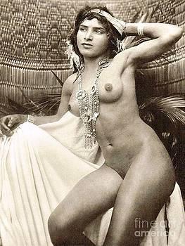 Roberto Prusso - Bedouin Girl posed nude