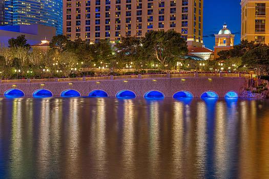Bellagio Bridge by Zachary Cox