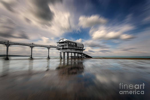 English Landscapes - Bembridge Lifeboat Station Zoom