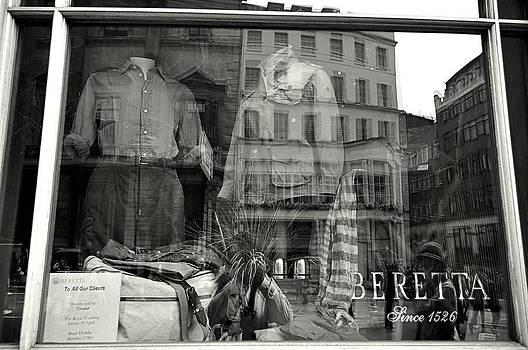 Beretta London by Andres LaBrada