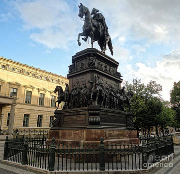 Gregory Dyer - Berlin - Statue of Frederick the Great