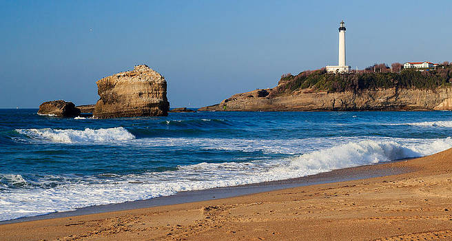 Biarritz Beach Scene by John Zocco