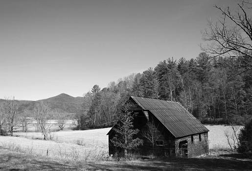 Black and White Barn by Sarah Yost