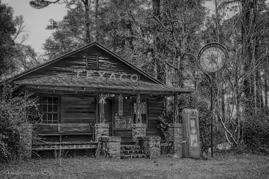 Black and White country store by Steven  Taylor