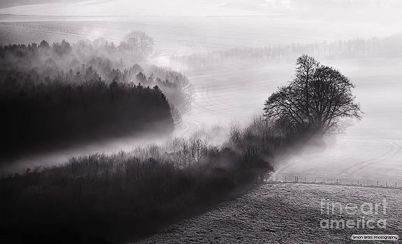 Simon Bratt Photography LRPS - Black and white mist landscape