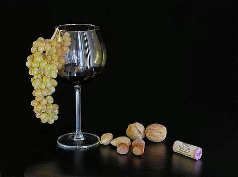 Blackstone Wine and Grape by Andrey Kuznetsov