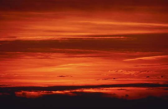 Blazing sky by Patrick Kessler