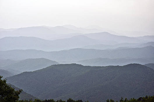 Blue Ridge Mountains by Allen Carroll