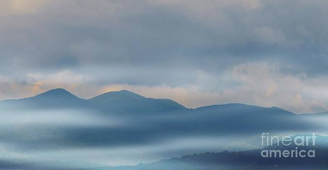 Blue Ridge Mountains by Kathleen Struckle