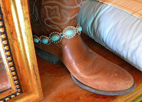 Boot Bling by Sian Lindemann