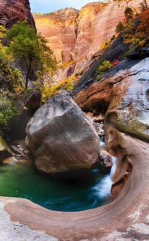 Boulder in Orderville Canyon by Kayta Kobayashi