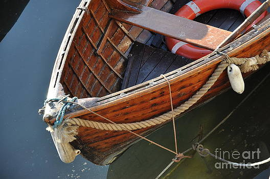 British boat by Anatoliy Tarasiuk