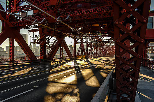 Broadway Bridge by Jesse Wright