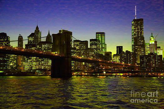 Brookly Bridge lights by Dan Hilsenrath