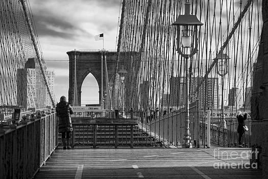 Chuck Kuhn - Brooklyn Bridge alone