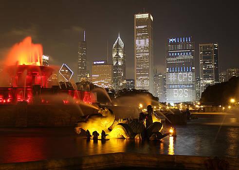 Buckingham Fountain Chicago by Ed Pettitt