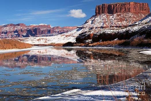 Adam Jewell - Butte In The Colorado