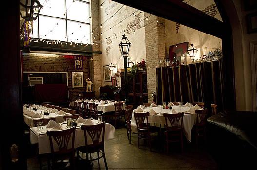 Cafe In Nola by Alicia Morales