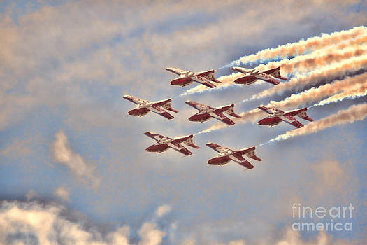 Canadian Forces Snowbirds 2013 Upside Down Formation by Cathy  Beharriell