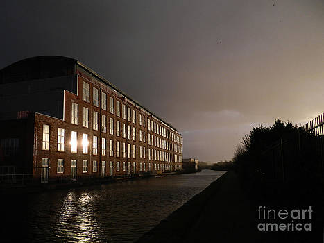 Canal1 Change in the weather by Tony Hoy