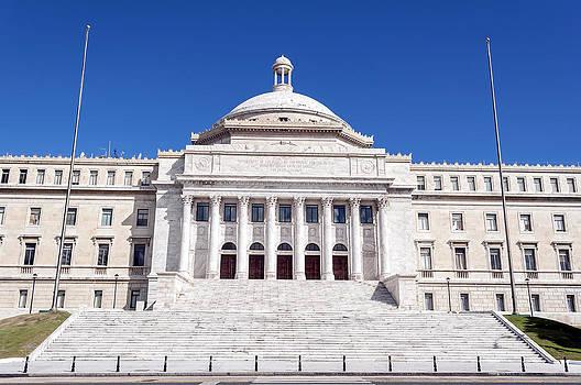 Capitol of Puerto Rico. by Fernando Barozza