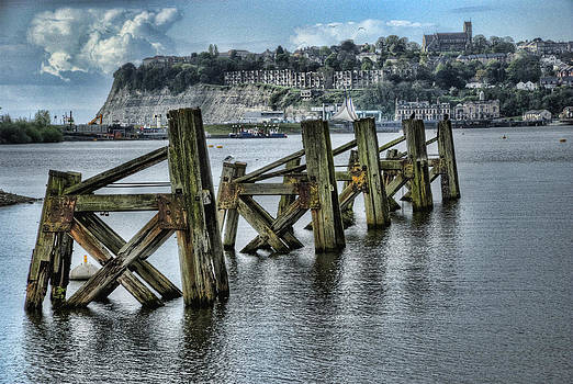 Steve Purnell - Cardiff Bay Old Jetty Supports