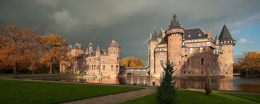 Castle de Haar by Danny Motshagen