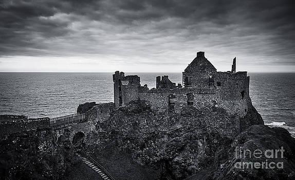 Svetlana Sewell - Castle Glory