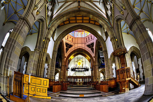 Cathedral curves by Sandra Pledger