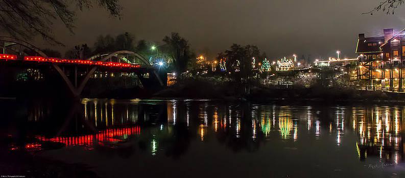 Mick Anderson - Caveman Bridge and Taprock at Christmas - Panorama