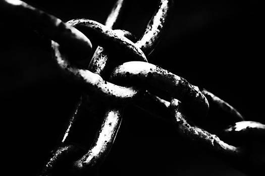 Chains by Edward Khutoretskiy