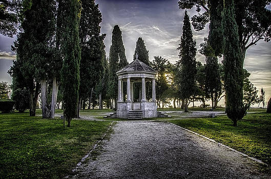 Chapel by Mislav Glibota