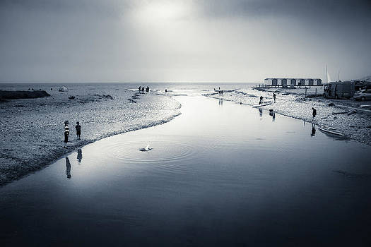 Charmouth by Dorit Fuhg