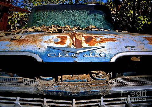 Gwyn Newcombe - Chevrolet Picking