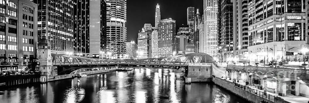 Paul Velgos - Chicago River Clark Street Bridge at Night Panorama Photo