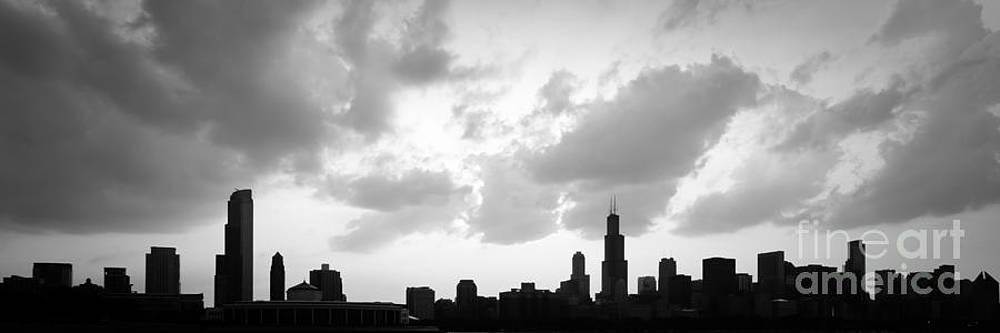 Paul Velgos - Chicago Skyline Panorama Silhouette Photo