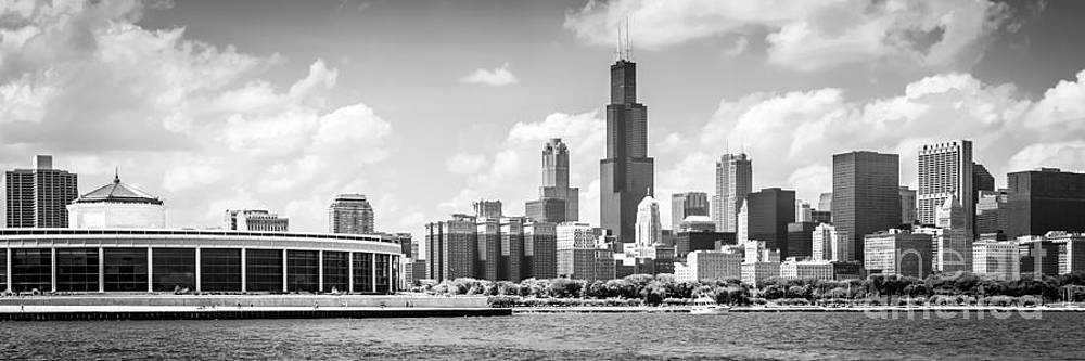 Paul Velgos - Chicago Skyline Panoramic Picture in Black and White