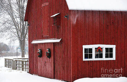 Linda Knorr Shafer - Christmas Barn 3