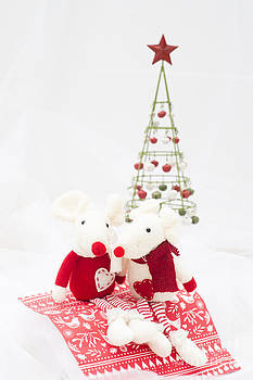 Christmas Mice by Anne Gilbert