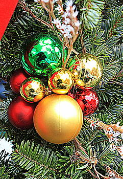 Christmas Ornaments by Suzanne DeGeorge
