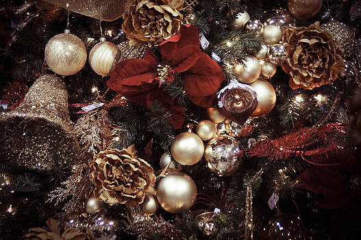 Christmastime by Tingy Wende