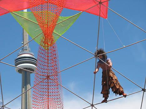 Alfred Ng - cirus with CN Tower