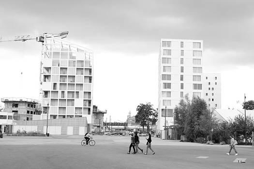 Cityscape by Thomas Leon