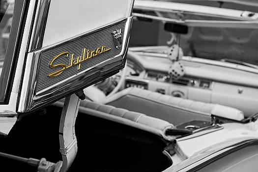 Classic Ford Skyliner by Koji Kanemoto