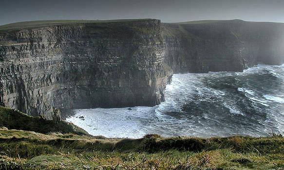 Cliffs of Moher by    Michaelalonzo   Kominsky
